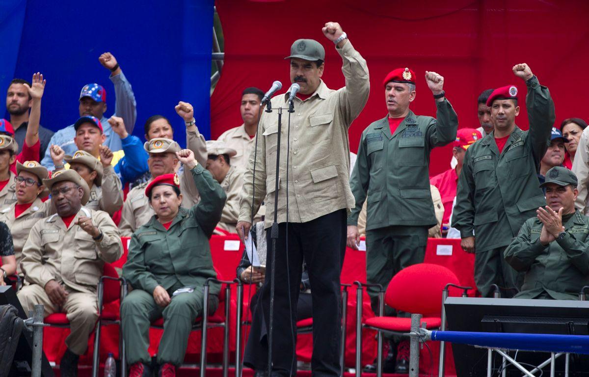Venezuela los abandona, ahora «exige» a Chile que cuide a…