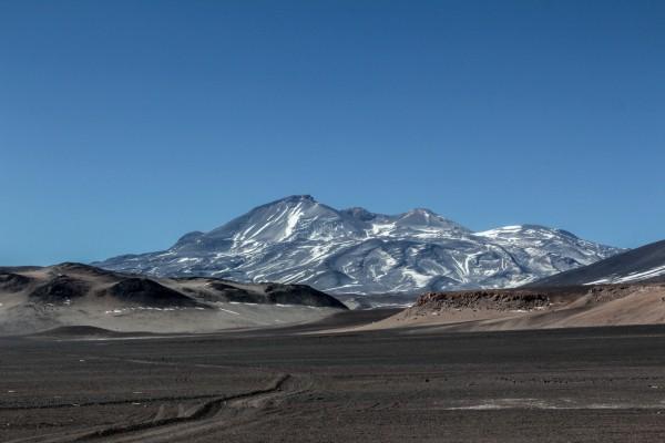 Ojos del Salado en Chile, el estratovolcán activo más alto…